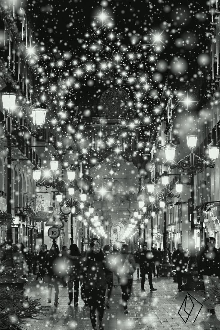 #winter #street #shoppers.jpg