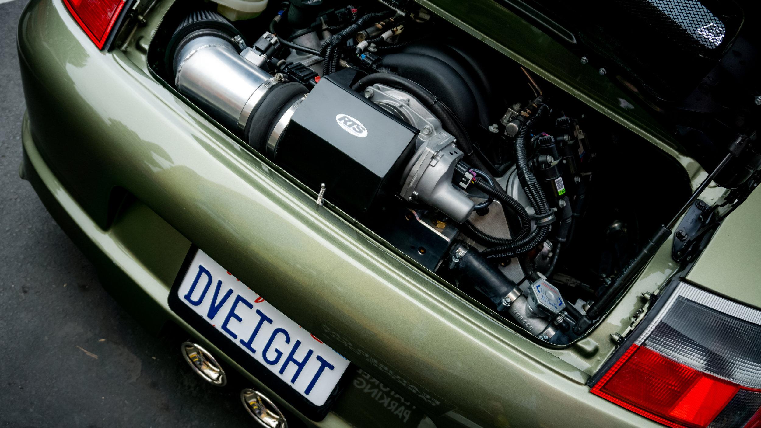 CNCPics_Porsche_911DV8_Engine.jpg