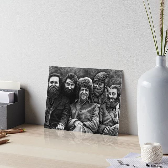 THE DUBLINERS  A lot of people have been asking and I've now a large range of items for sale in my online shop!  This range is from my original drawing of 'The Dubliners' 🍻🎶☘️ There's also art from @sofiasala_art up too!  Check out: www.redbubble.com/people/soffinn Or follow the link in my bio. ✊ . - . - .  #finnharperartwork #drawing #pencil #artwork #commission #portrait #irish #pencildrawing #musician #irishartist #irishartistsofinstagram #irishart #ireland #irishmusician #tradmusic #sofiasala_art #redbubble #redbubblestickers #celtic #lukekelly #ronniedrew #dublin #dublinart #thedubliners #instaart #instagood #instadaily #instagram #society6