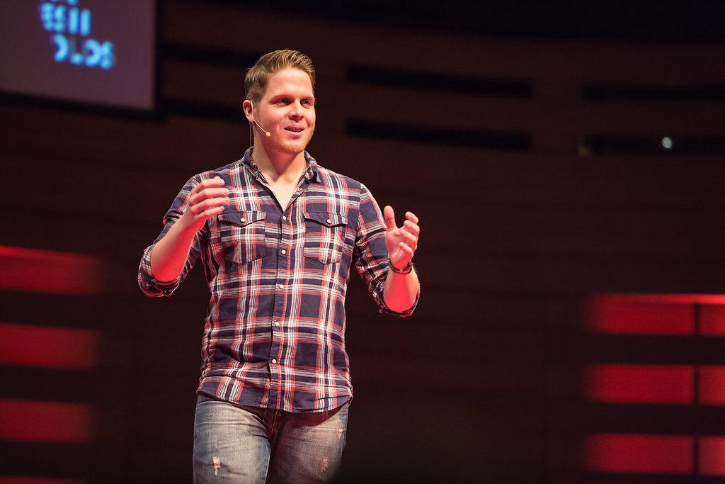 Jordan Axani Speaking 15