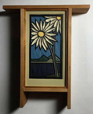 Daisies: Painted carving in an Arts and Crafts Style cherry frame