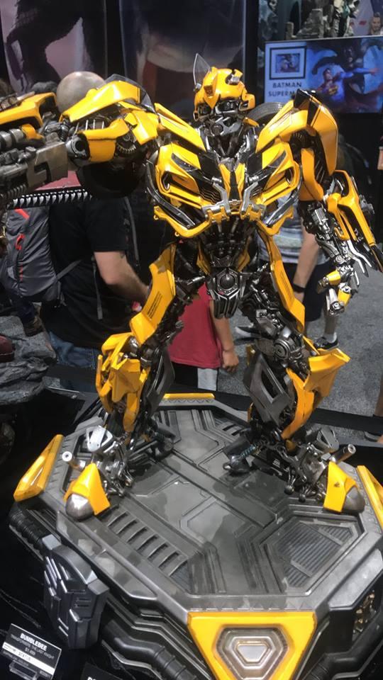 Bumble Bee - Comic Con - Peter Darker