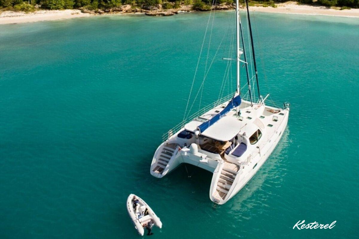 Kestrel from above at anchor !.jpg