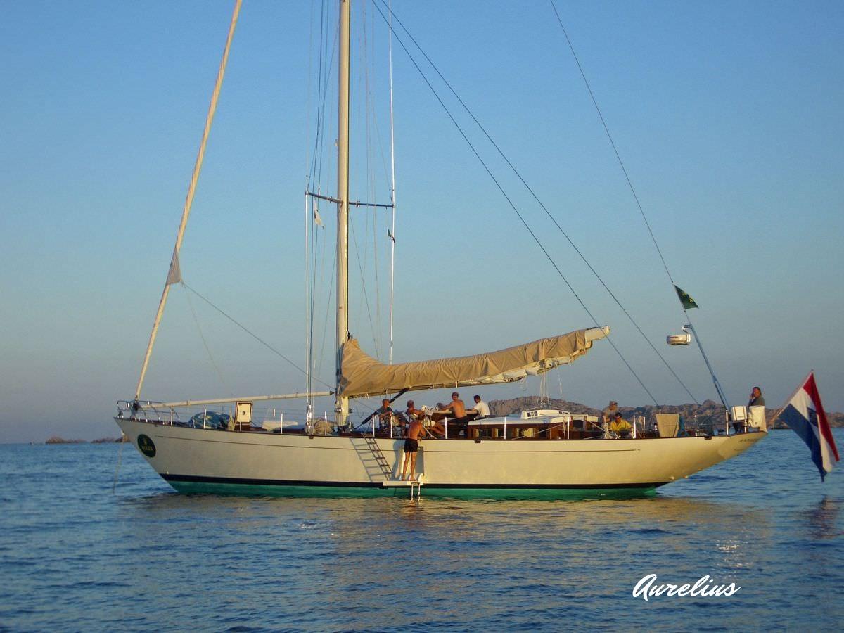Aurelius - at anchor.jpg