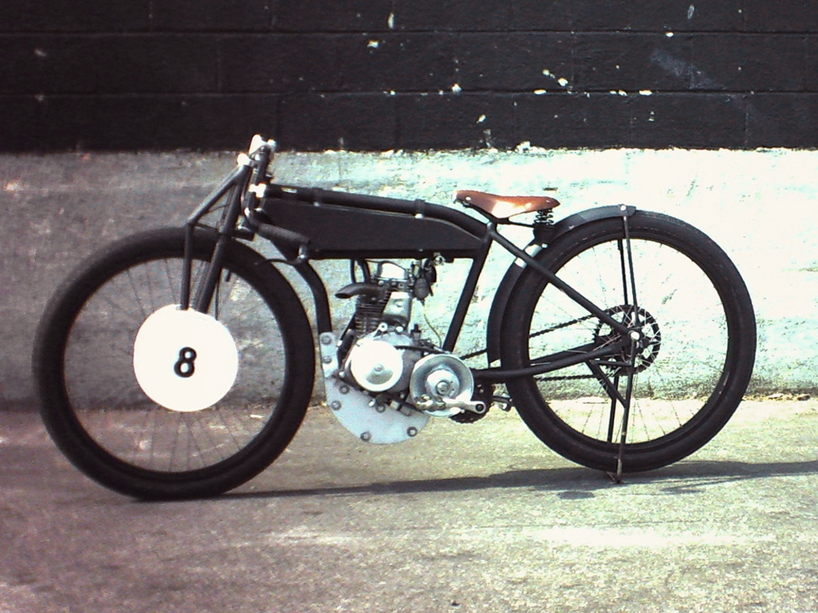 200cc Flat Track - 1920's flat track racer tribute. Powered by a Honda gx200 clone with a Comet 30 series CVT