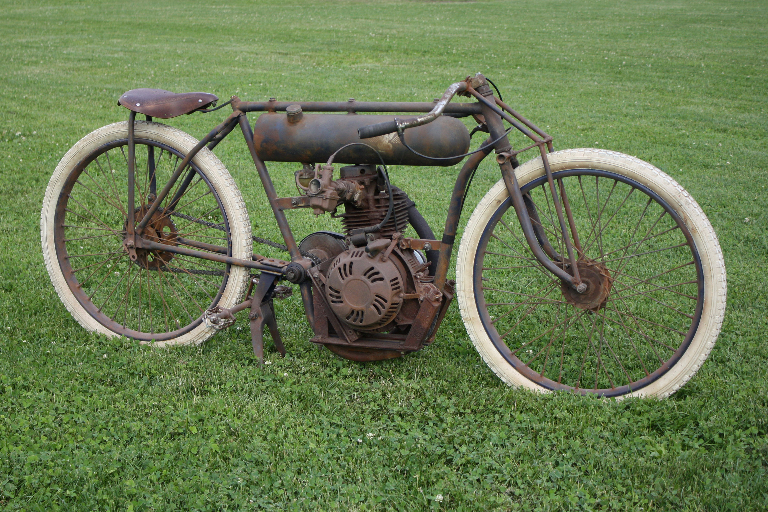 350cc Racer - 1909 board track racer tribute. Powered by a Honda gx340 clone with a Comet 30 series CVT