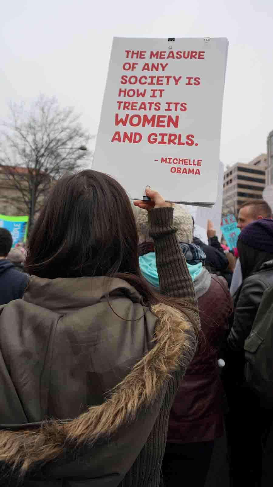 Ape_Bleakney_Women'sMarchPosters_DSC08633.JPG