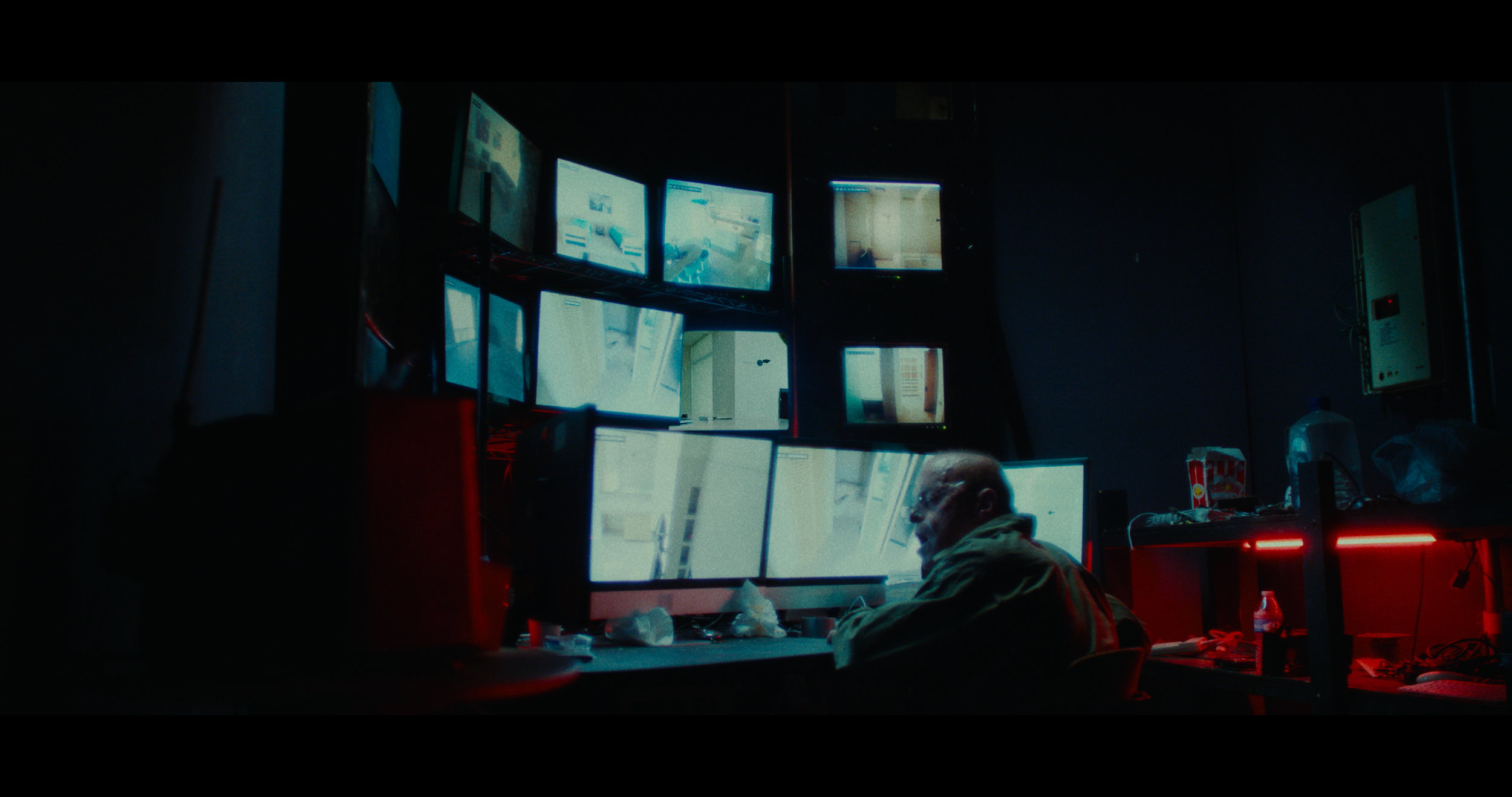 14_Cameras_Final_Stereo_4K.mov.01_19_08_20.Still013.jpg