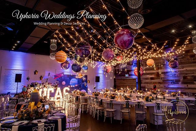 We made a dreamy universe for Lucas's 100-day 🍾 👼🏻 . . . . #uphoria#uphoriaweddinggs #torontobirthdayparty #torontoevents #birthday#uphoria #torontowedding #trontoplanner #torontofashion #luxurylife #luxurydinner#weddingdecor#weddingplanner #luxurywedding#eventplanning #flowerarch#centerpiece #whitewedding#wedluxe #reception#chargers#floraldecor #headtable#modern#elegant#royal #galaxy#star