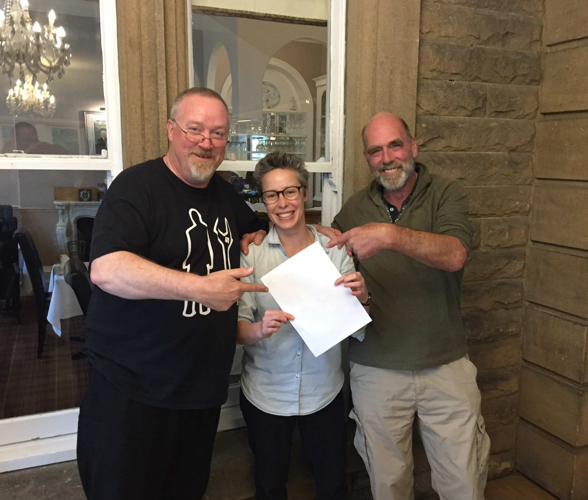 Mark Surtees (left) and Mike Heritage (right) presenting me with my 'certificate'. They didn't have official ones printed so we improvised with a blank piece of paper for the photo ;-)