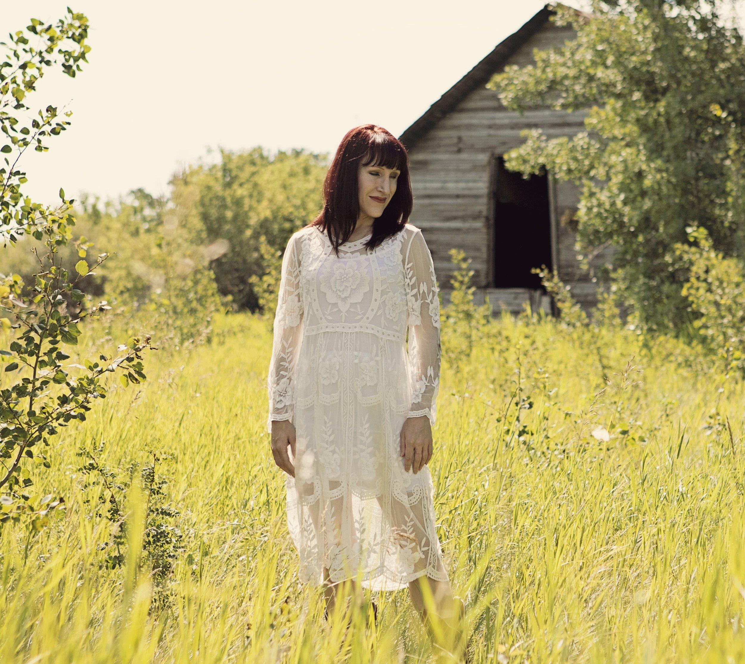 Farm girl 2.jpg