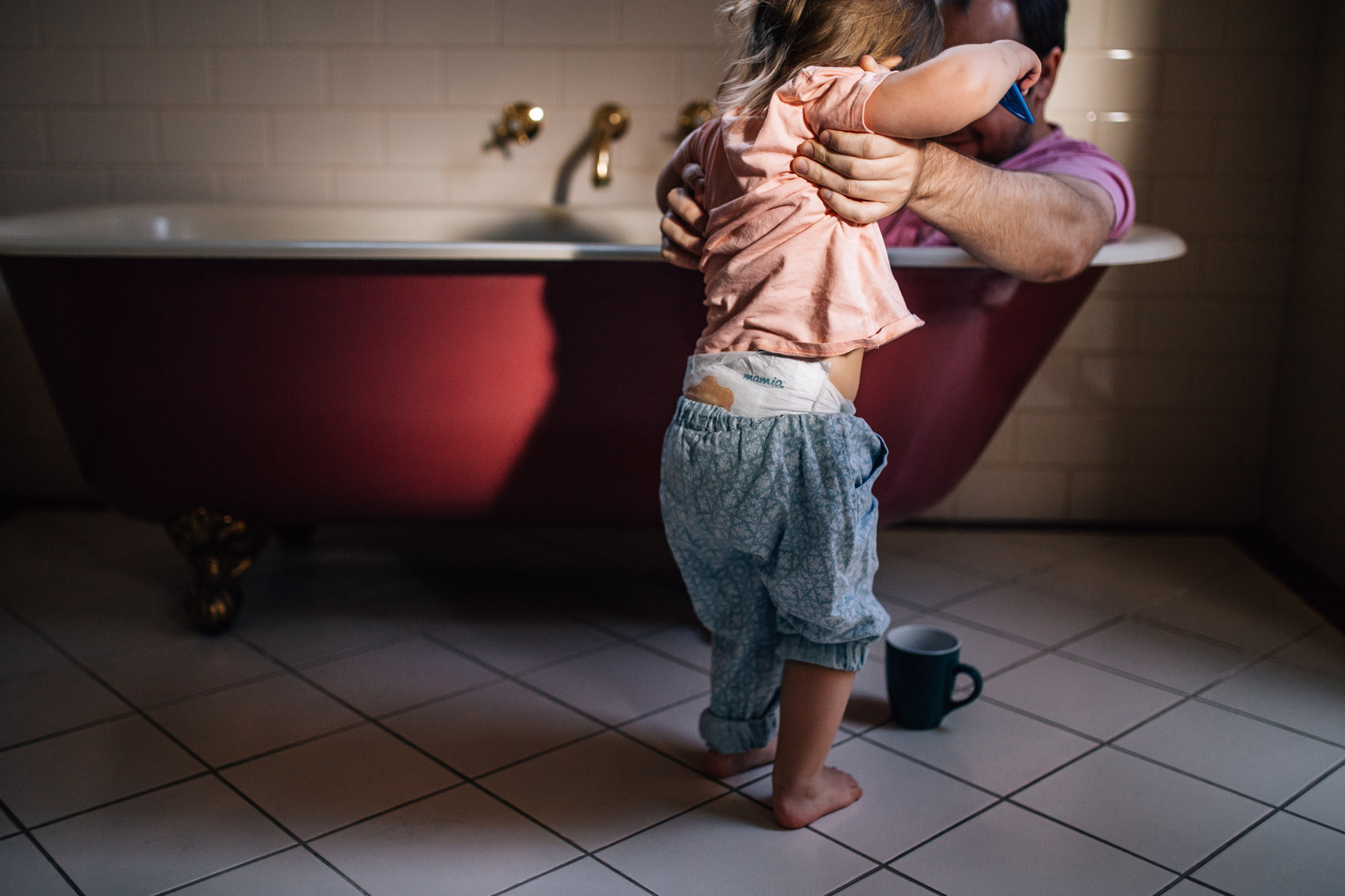 girl with father in bathtub (1 of 1).jpg
