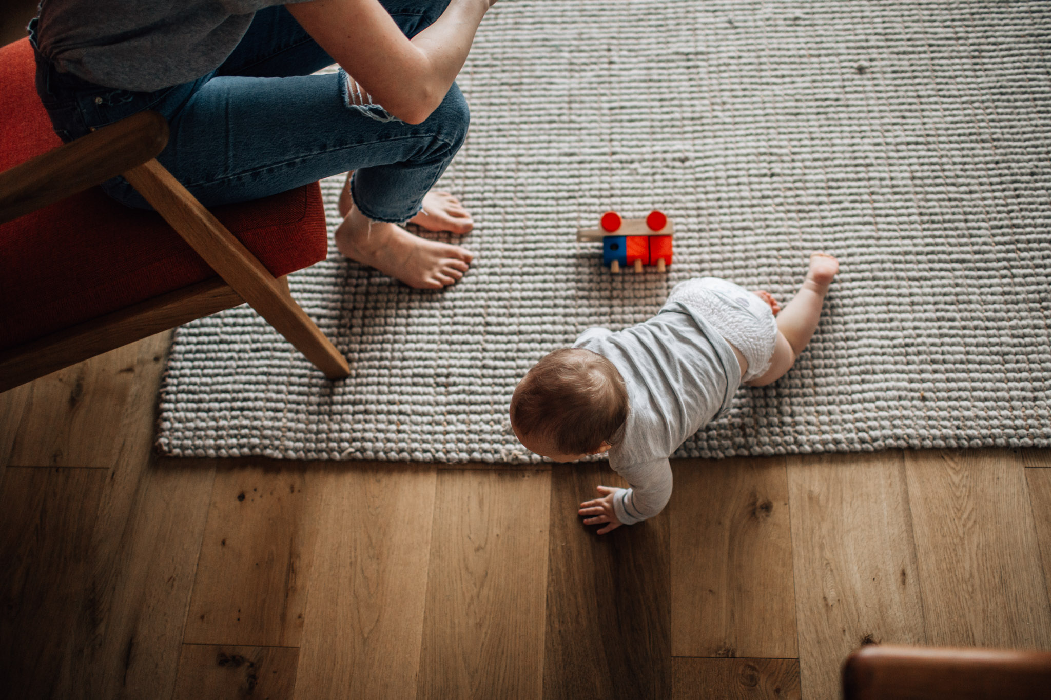 baby-crawling (1 of 1).jpg
