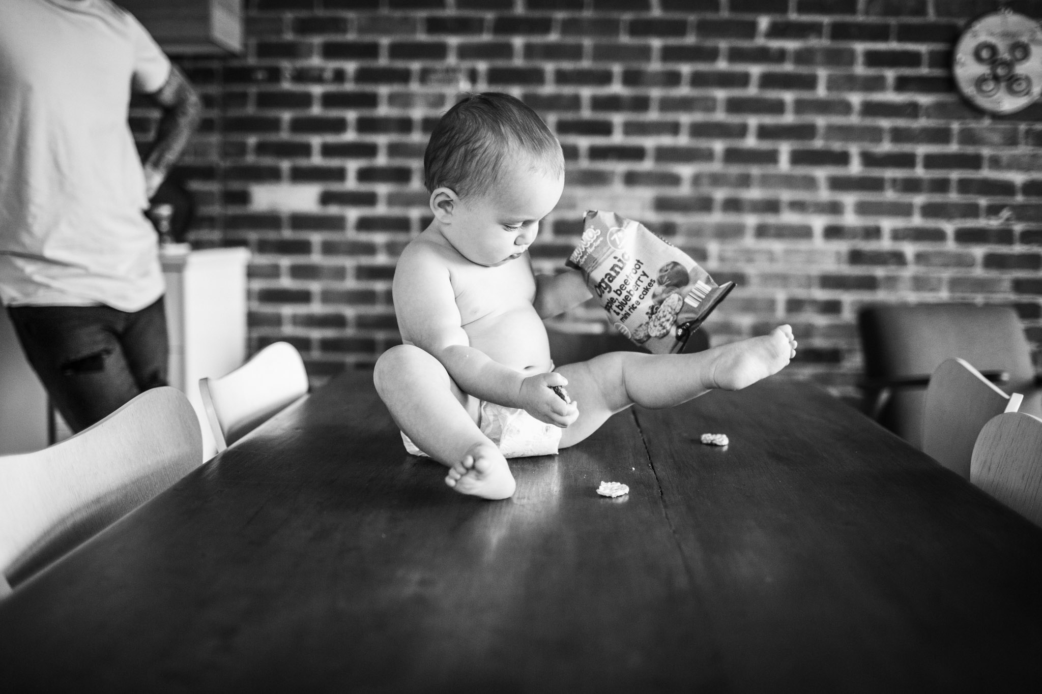baby-on-table-with-crisps (1 of 1).jpg