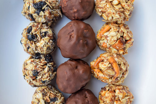 Crunchy Dipped Oatmeal Chocolate Chip Energy Balls