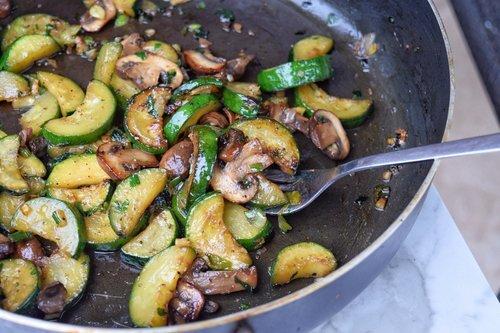Zucchini & Baby Bella Mushroom Stir Fry