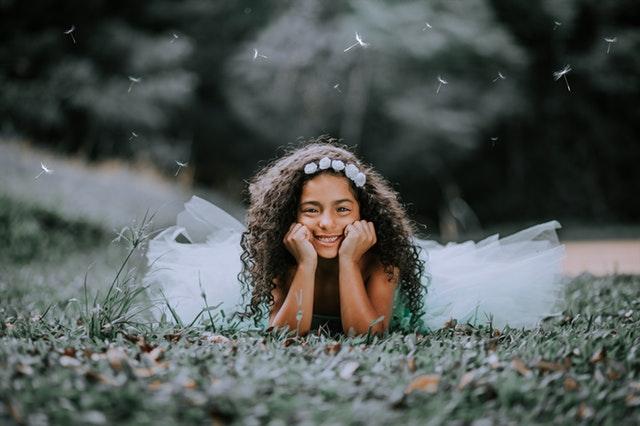ADHD hos flickor - Läs mer om hur ADHD kan se ut för flickor i barndomen.