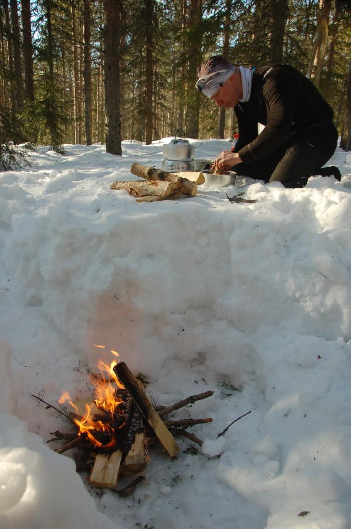 Jarkko prepares lunch