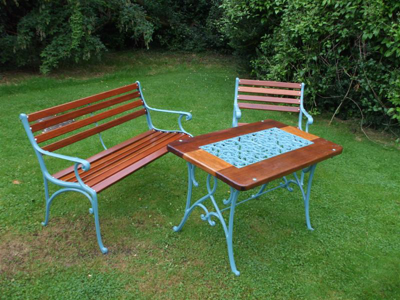 Garden Set in Teak - go to   Gallery   for larger photos