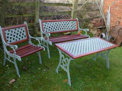 Garden Set in Sapele Hardwood - go to   Gallery   for larger photos