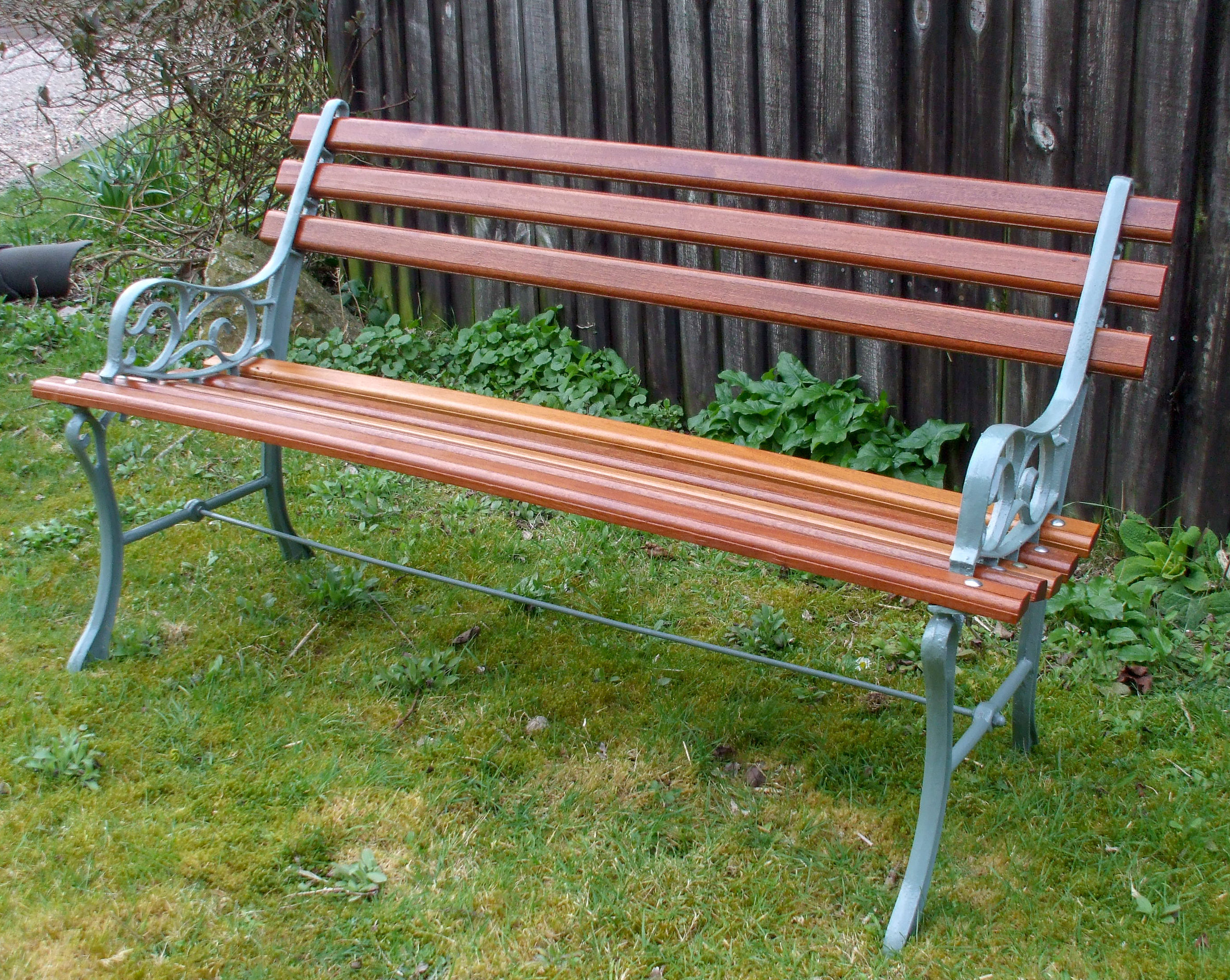 Lightweight Two Seat Bench - go to   Gallery   for larger photos