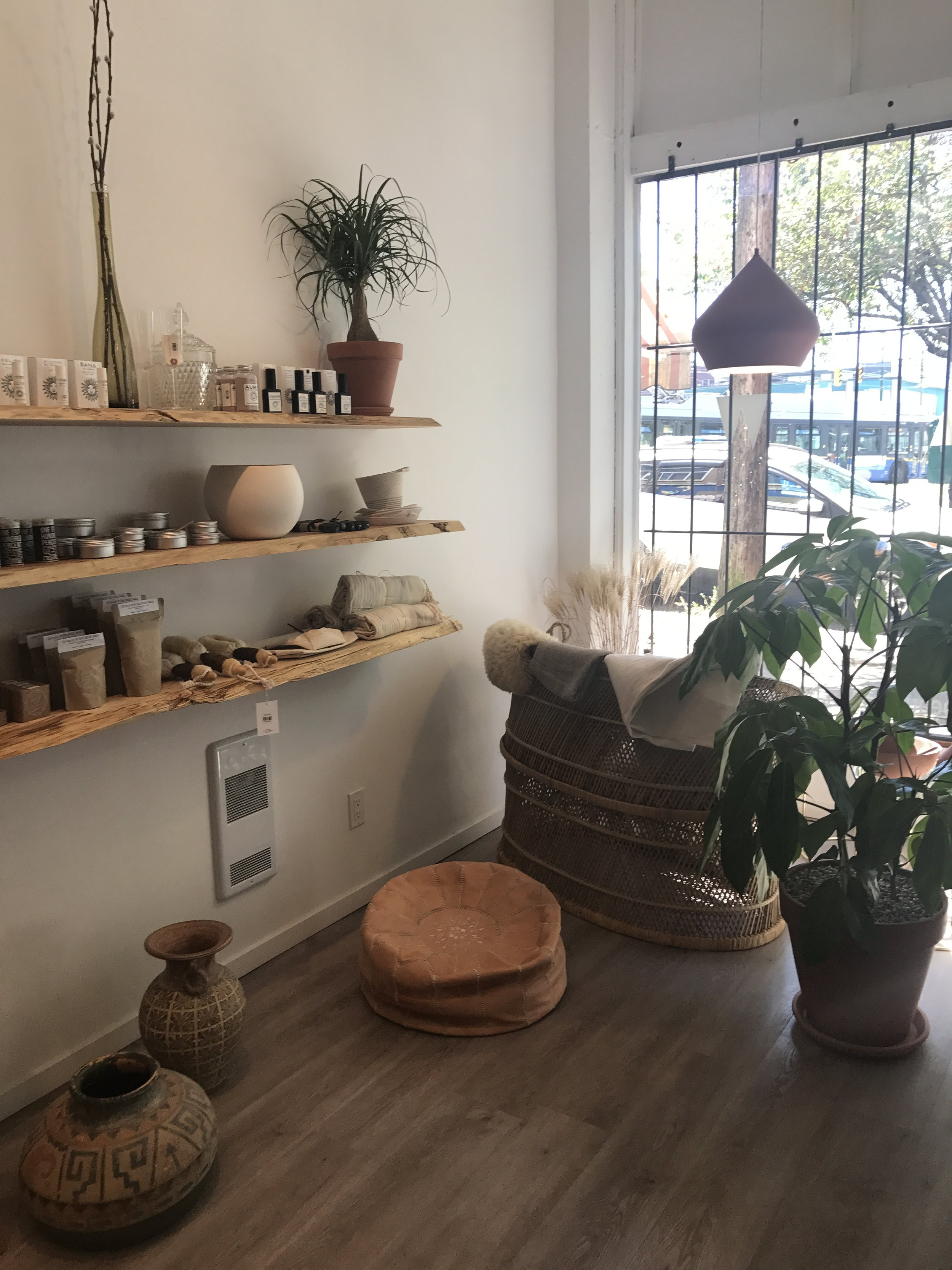 Harlow Atelier - Thoughtfully + aesthetically designed, natural + organic self care goods