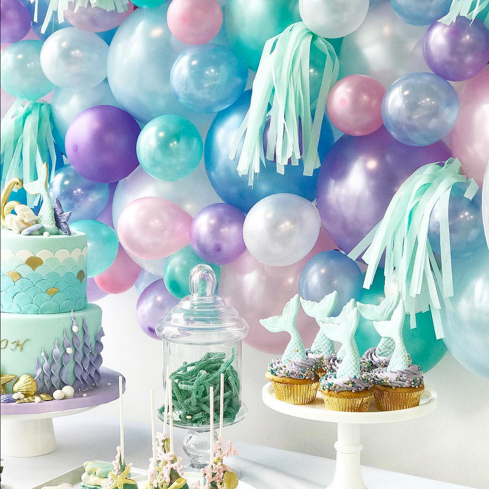 CHIC FETE + FUN FIESTA BY ILI  Give celebrations that extra special touch with this magical mama's boutique. Offering unique children's party styling and planning, as well as, children's event rentals, custom decorations, kid's activity tables, balloons, garlands & more.