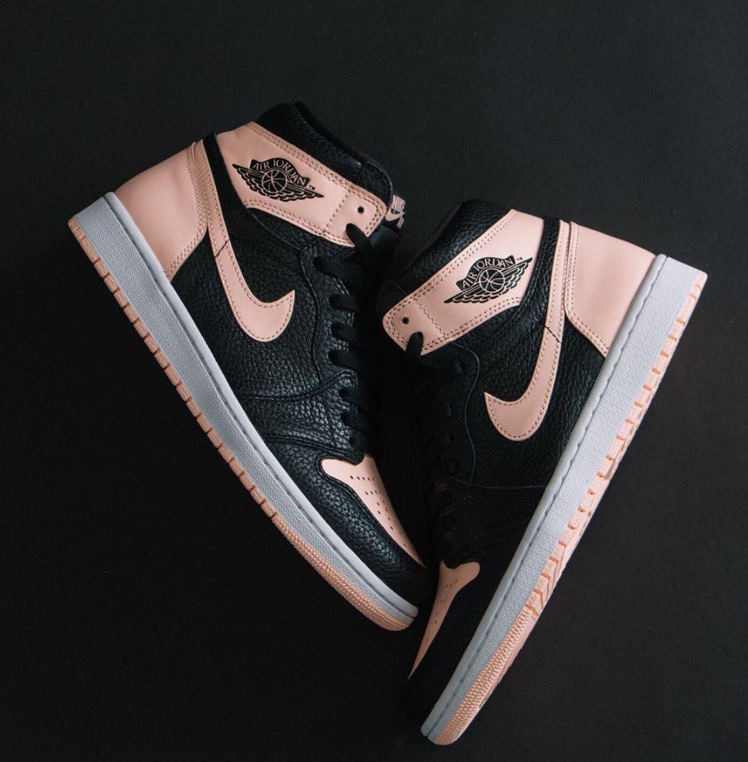 "Shoes - Jordan 1 Retro High OG ""Crimson Tint"".png"