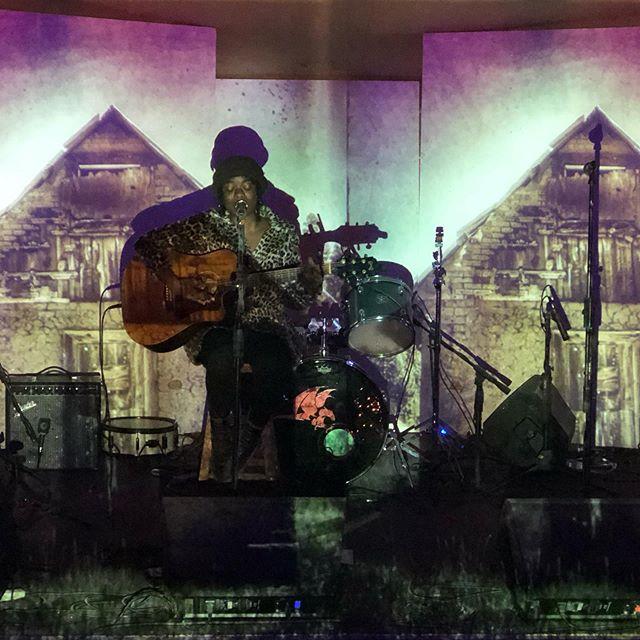 @sunnywarmusic #LIVE #onstage @fieldtrippinfest #vidart @konceptfilms