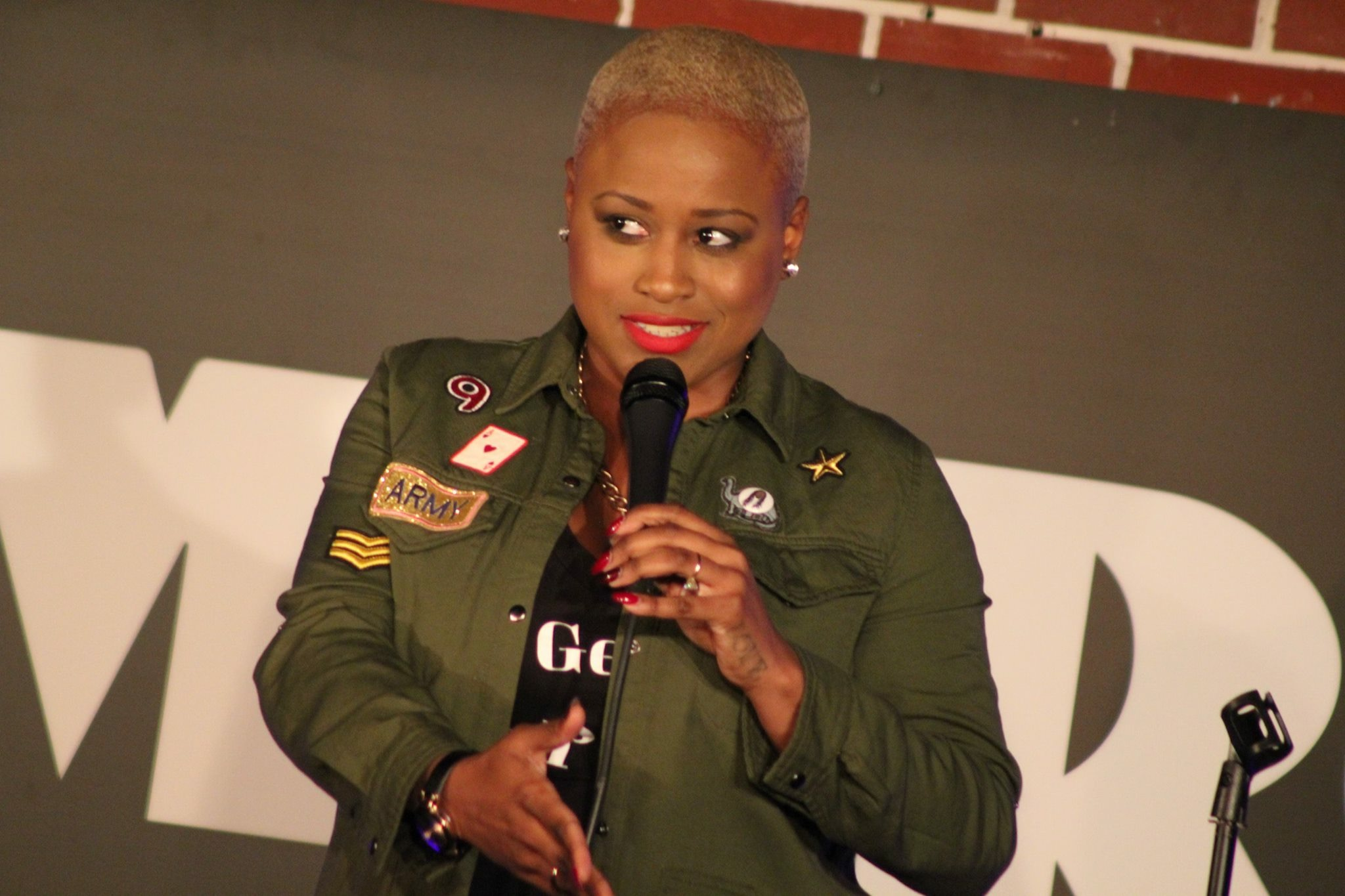"""Paris Sashay is comedienne, actor, and producer from Washington, DC. Her command as a seasoned storyteller makes even the mundane experience feel like an adventure. Audiences across the country fall in love with her infectious laugh, wit, and style.  Nothing can stop Paris' ascension to stardom, unequivocally one of the funniest rising comediennes with highlight performances at the Howard Theatre (DC), The Kennedy Center(DC), Comedy Store (LA) and Caroline's on Broadway (NY). She triumphantly debuted at the DC Improv only days after losing several teeth in a brutal attack by a toxic man sexually harassing her on the street. In 2016, Paris launched the #TeethAndTittiesCampaign raising awareness about violence against women.  Paris has featured for Dick Gregory, Domonique, Sampson McCormick, and Michael Che offering her piercing insight on issues of the day. She has been a panel member on """"Wild'n Out Wednesday's with Roland Martin"""" on TV One, and interviewed on Fox 5 DC, NBC 4 Washington, and WUSA 9 regarding her assault. Additionally, Paris frequently serves as a motivational speaker, having the honor of being the 2013 Commencement Speaker at The Foundation School in Gaithersburg, MD."""