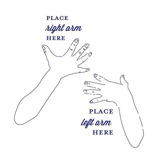 Let's hug a little more —— #sneakpeak #work #newwork #design #mooigemaaktdoorartelies #shirtdesign #graphicdesign #drawing #byhand #artelies #mooimakerij #lovemyjob #hug #tinyart #arms