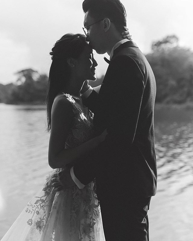 Sessions - @m3dwin & @deekwok . . . . #singaporewedding #weddings #matthiaschngweddings #matthiaschngphotography #weddingphotography #bride #bridal #sglove #instawedding  #furkids #singaporebrides #bridesg #weddingsg #realweddings #igdogs #igwedding #sgbrides #bridalsg #bridestory #sgweddingguide #sgwedding #nikon #loveauthentic #weddinginspo