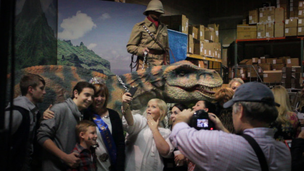 Dinosaur booth with background