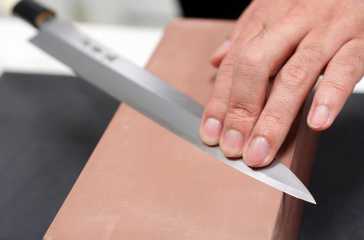 Knife-Sharpening.png