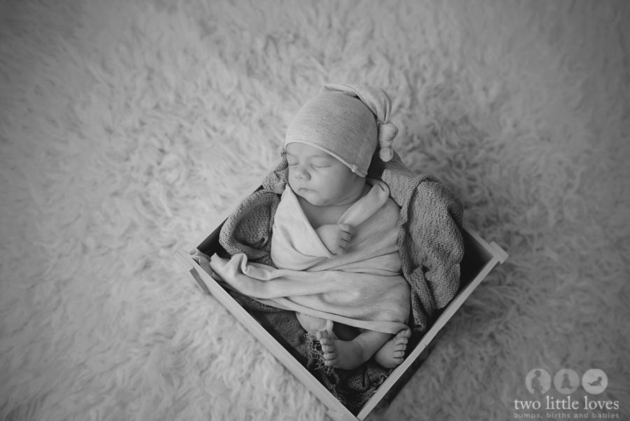 A Tandem Breastfeeding & Newborn Session_Warner_Robins_Georgia_Newborn_Photography06.jpg