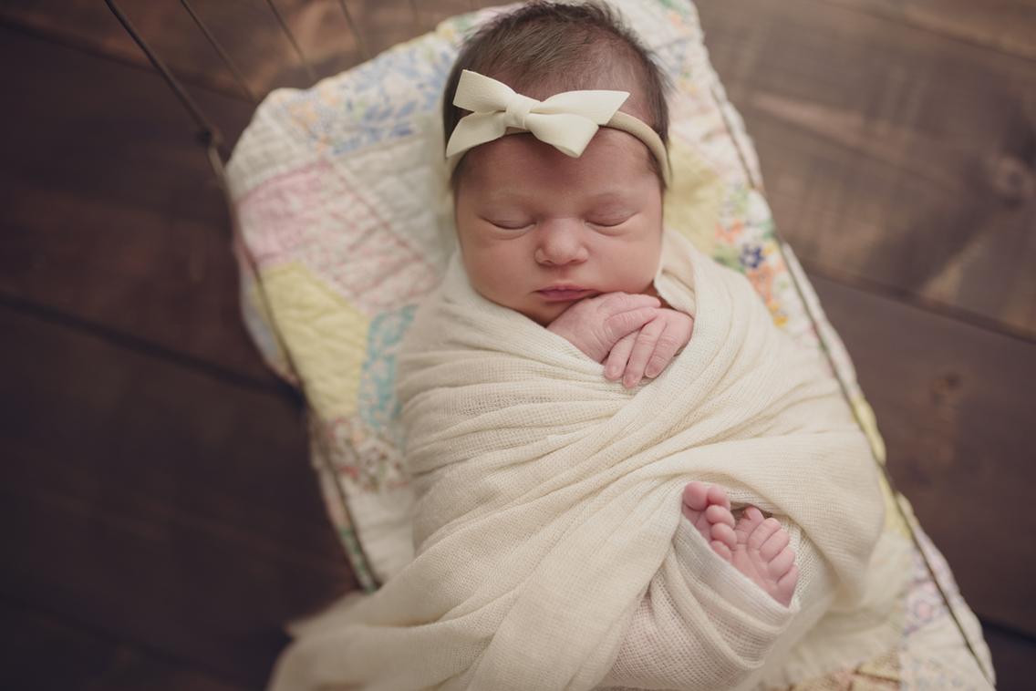 Heather_Dimsdale_Newborn_Photographer.jpg
