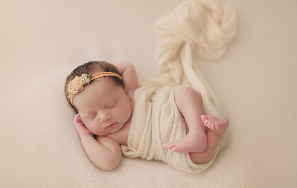 Newborn photographer Heather Dimsdale Warner Robins.jpg