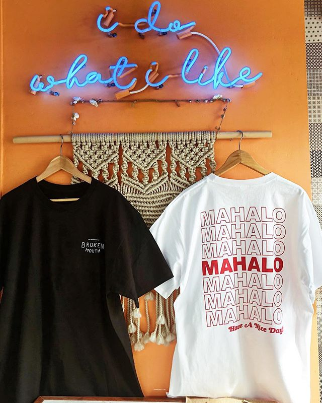 Give thanks with aloha ❤️ Mahalo Tee now available in store, come get em and have a nice day 🤙🏼