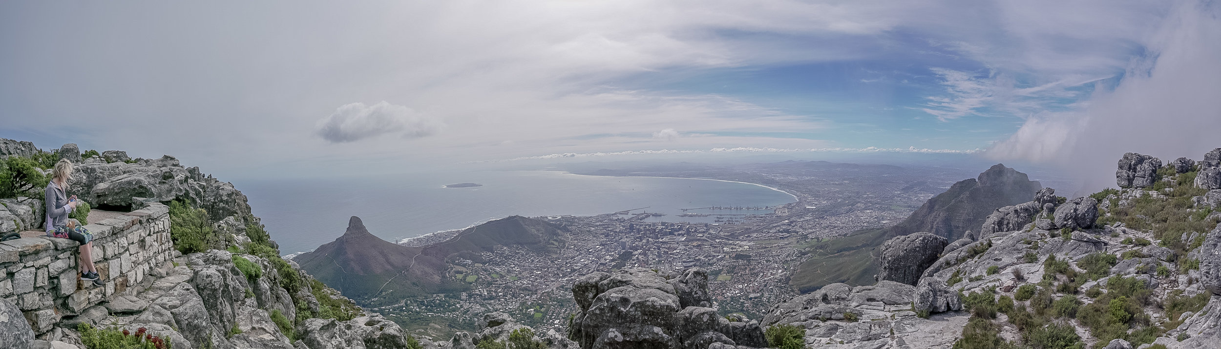 The view of Cape Town from Table Mountain *click to enlarge