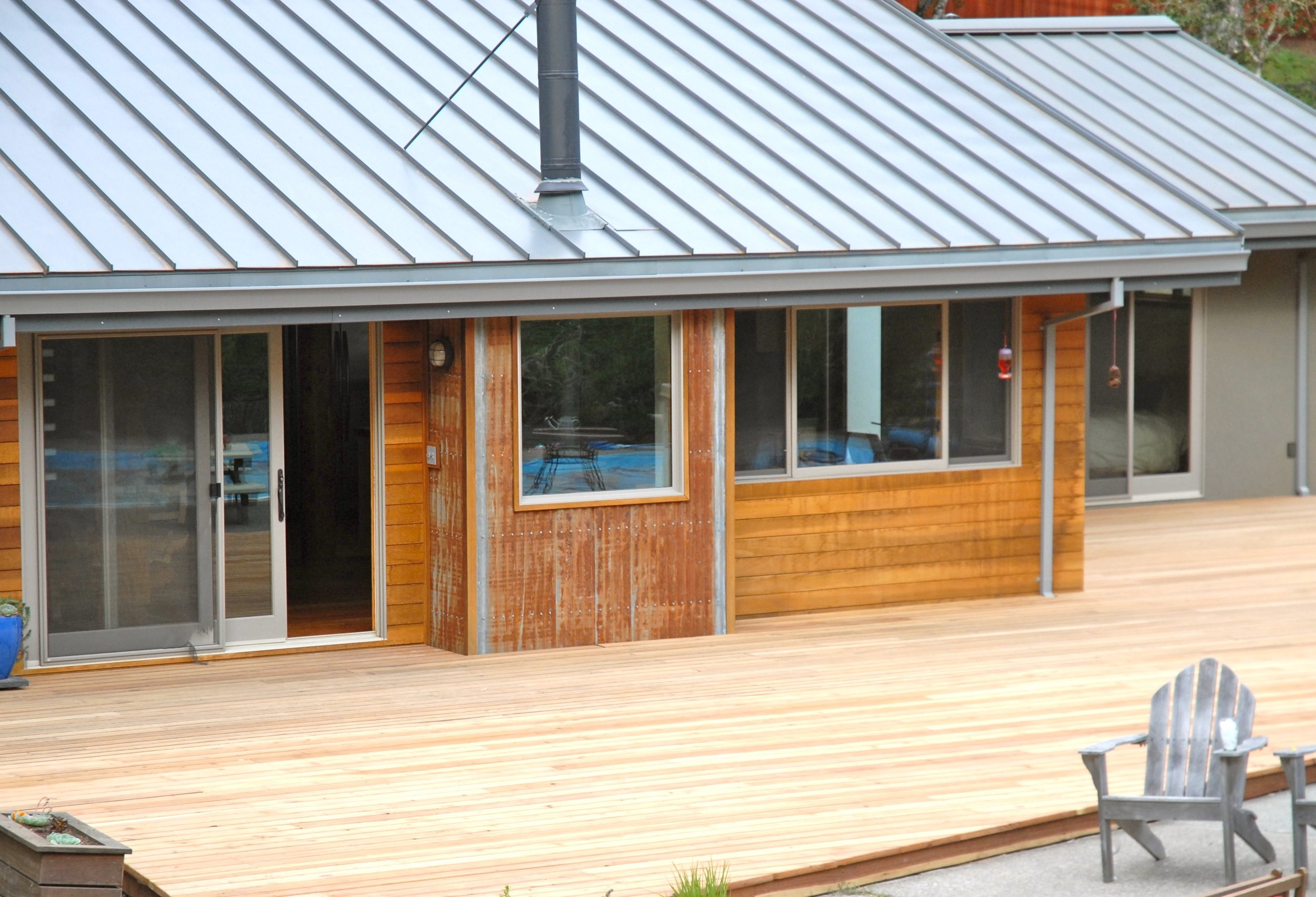 RECLAIMED REDWOOD DECK AND SIDING