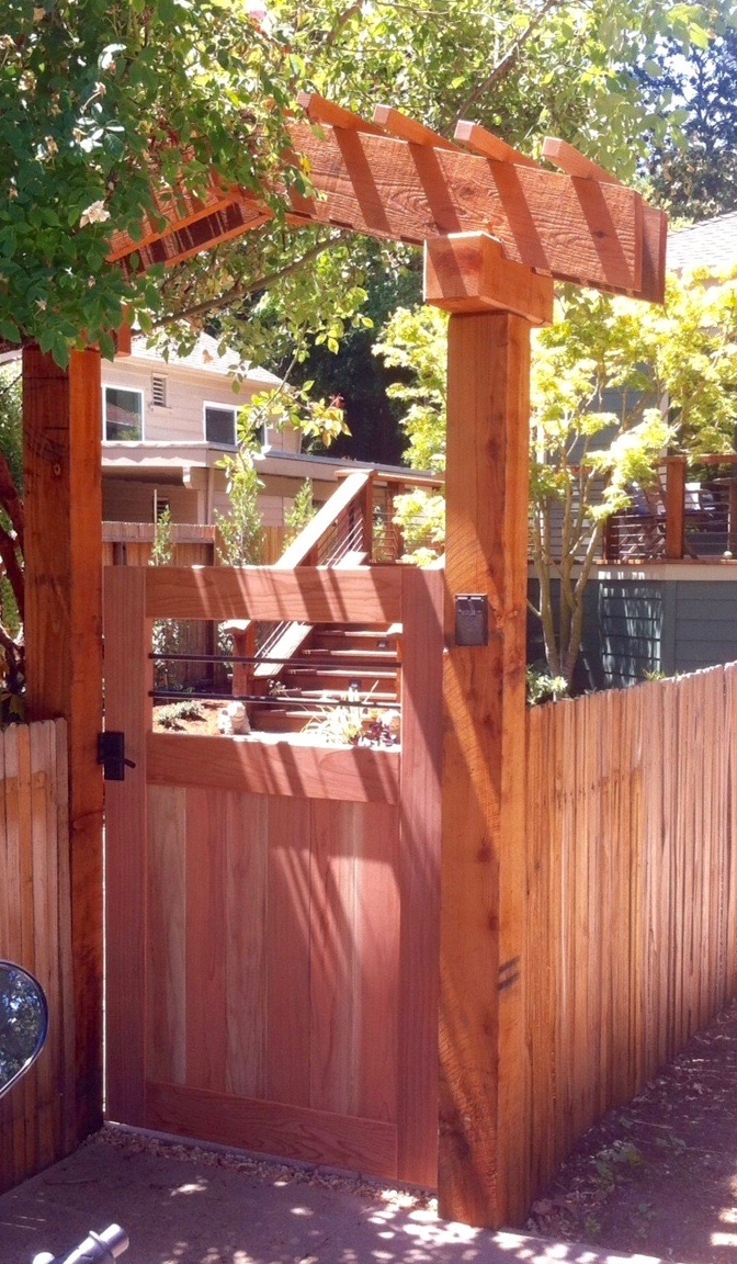 ENTRY GATE AND ARBOR