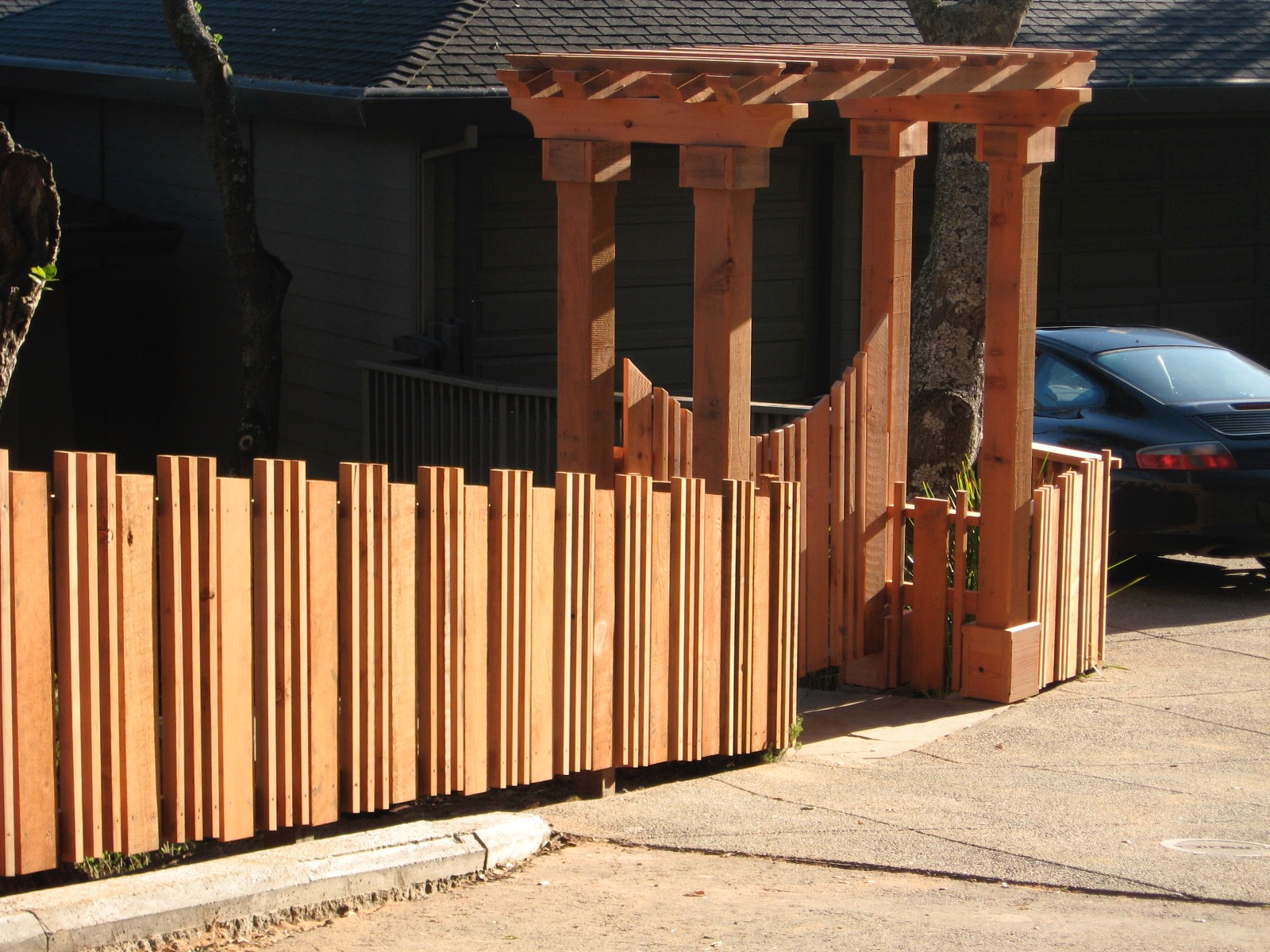 MILL VALLEY ENTRY FENCE