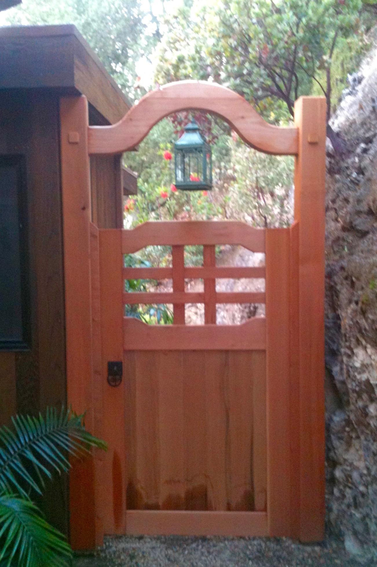REDWOOD MOON GATE
