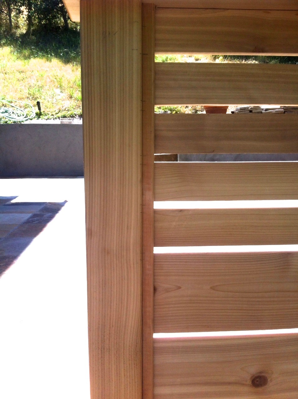 STK CEDAR HORIZONTAL BOARD RAILING