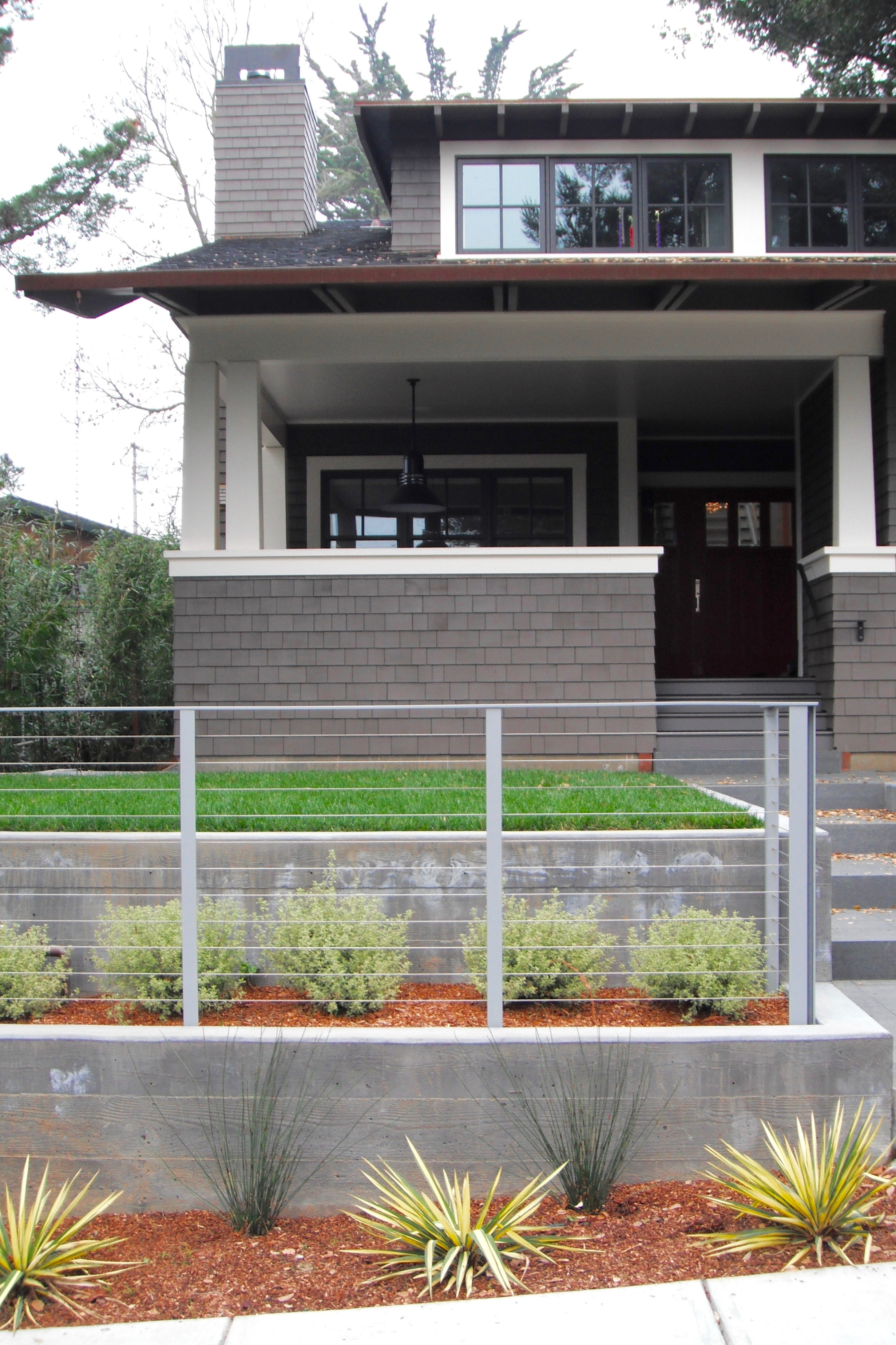 STEEL CABLE RAILING LANDSCAPE