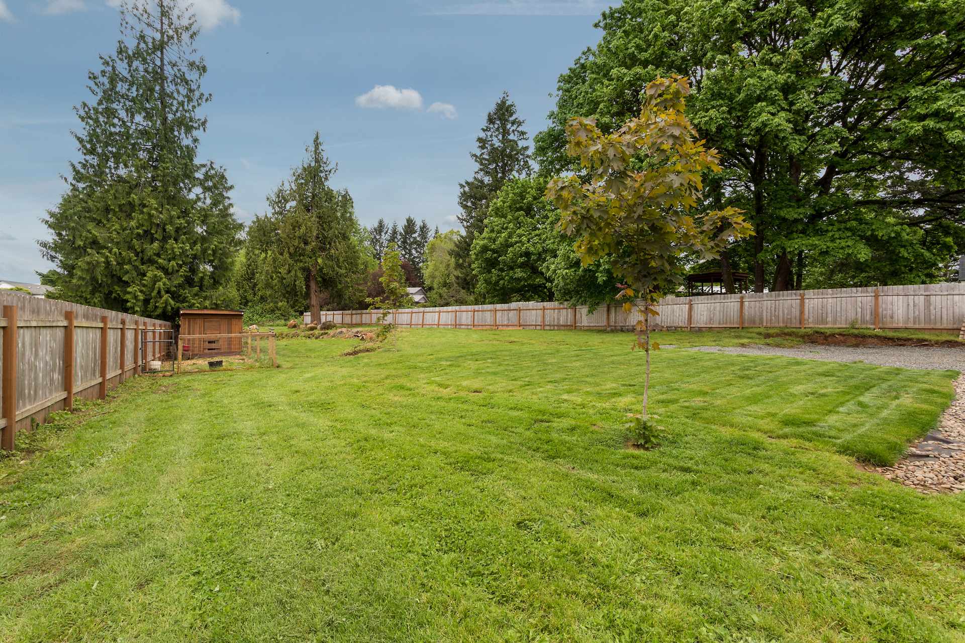 Huge yard with room for garden.