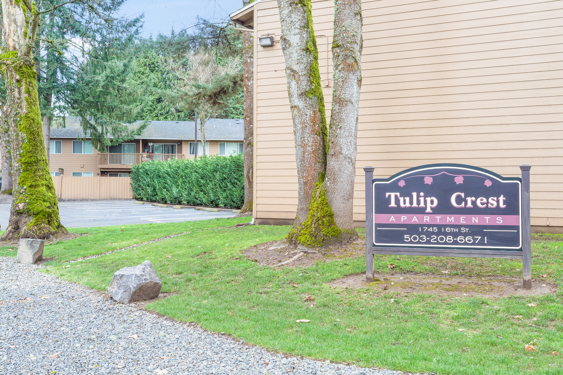 Tulip Crest Apartments