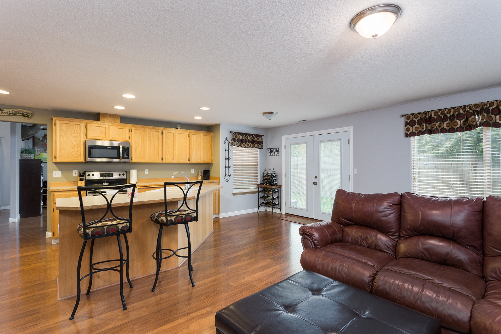 Large Family Room/Great Room