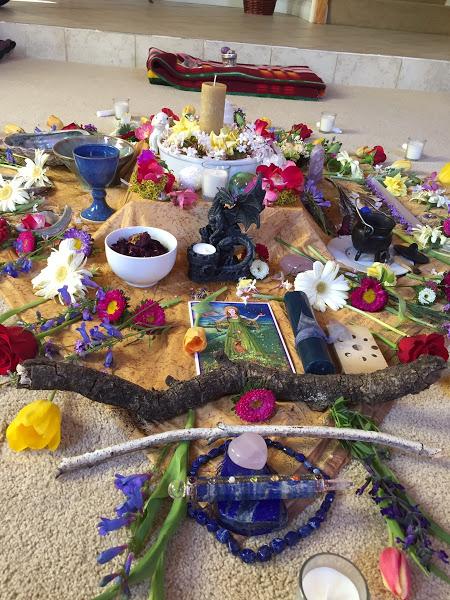 beltane altar2.jpg