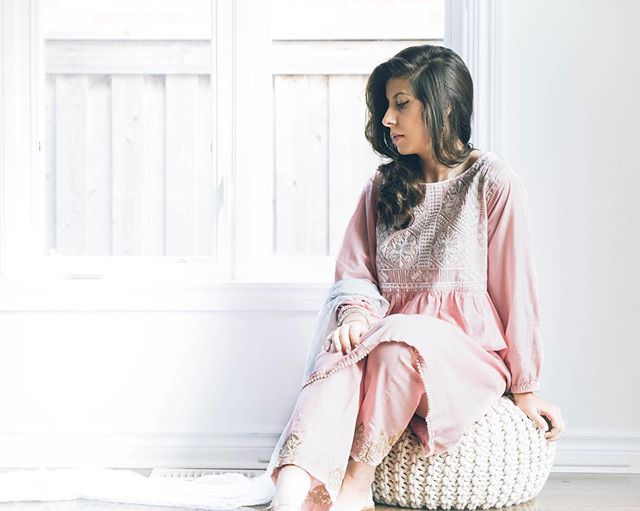 GIVEAWAY!!!! 💕 Can't believe Eid is just a few days away! I am excited to have teamed up with @jamiyaz.clothing to gift one of you this Agha Noor two-piece suit! . To enter, follow instructions below:  1. Like this picture  2. Follow @sidraandco and @jamiyaz.clothing 3. Tag ONE friend tag per comment! Enter as many times as you like! . Open in North America Only! The giveaway will run till 11:59 AM EST August 10th, 2019. Good luck!  #giveaway #aghanoor